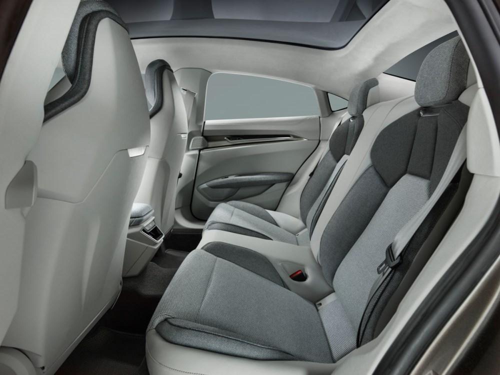 audi etron GT concept car 06