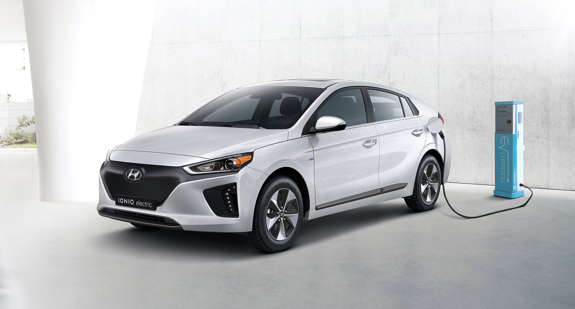 hyundai-ioniq electrical car