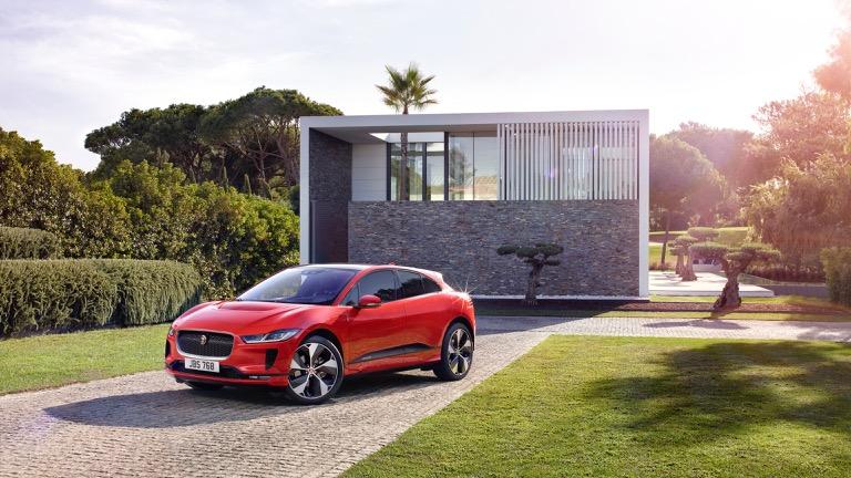Jaguar I-Pace 06
