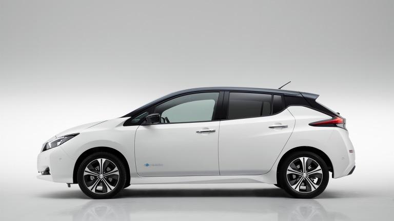 Nissan Leaf 09