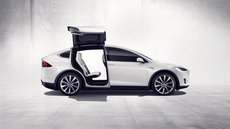 Tesla Model X 02