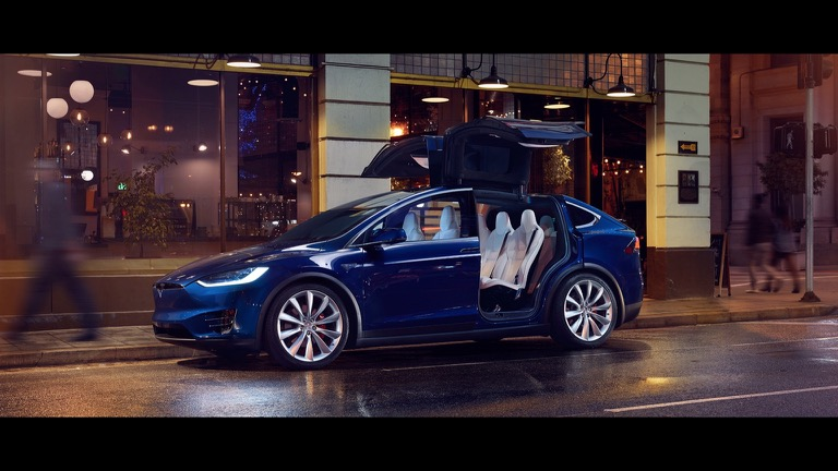Tesla Model X 09