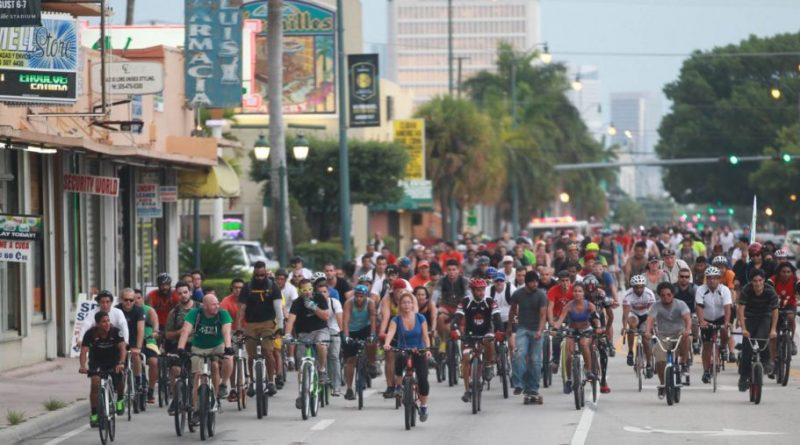 Debat over verkeersveiligheid laait op na Britse e-bike dode.