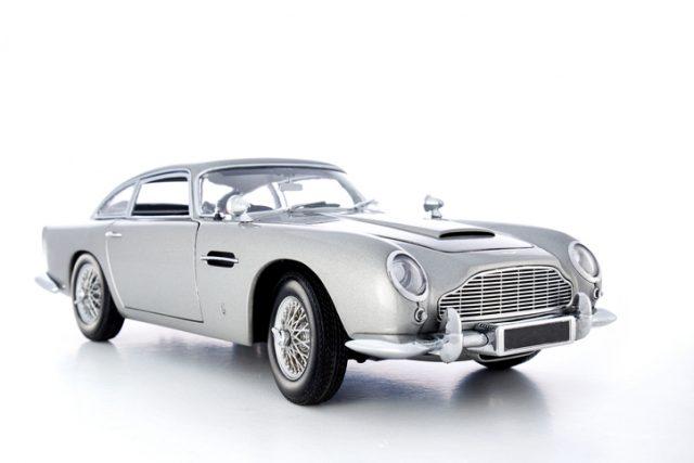 Aston Martin omvormen naar elektrische wagen